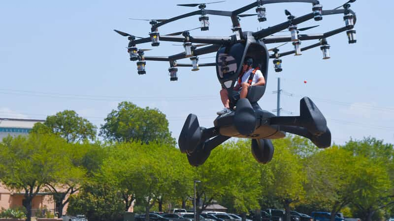 """U.S. Air Force to commercialize """"flying taxi"""" by 2023 flight in Texas"""