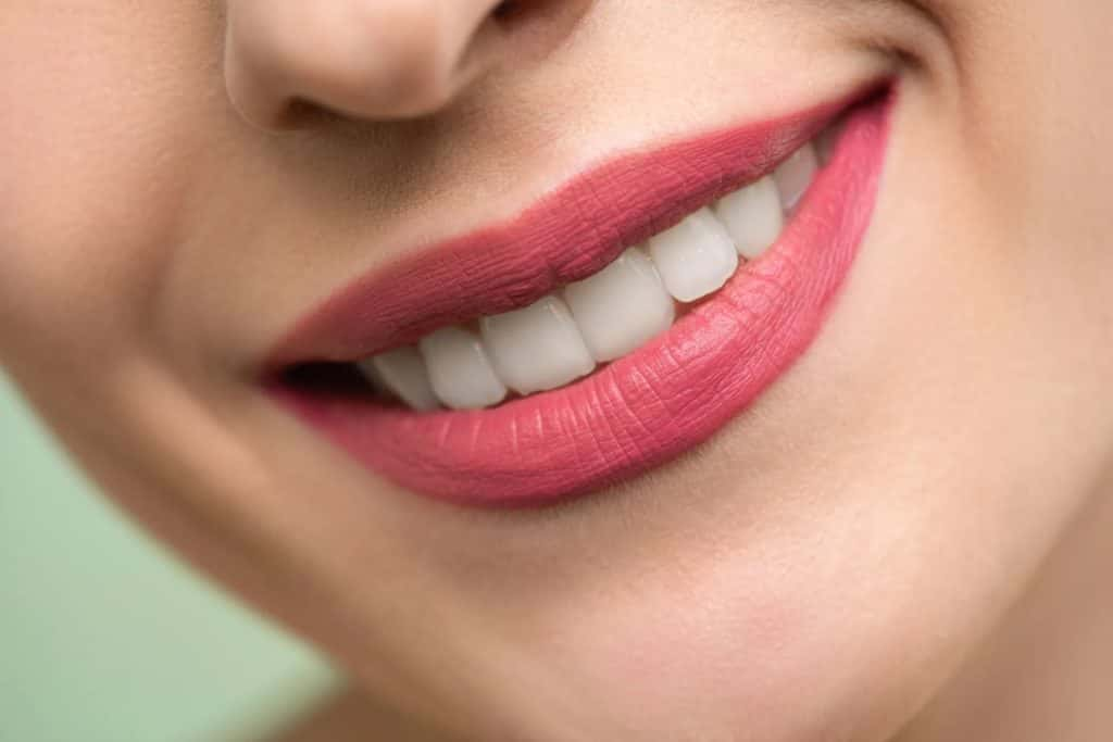 How to whiten teeth Faster 9 easy & effective Ways